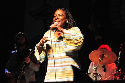 Sharon Jones and The Dap-Kings at Ottawa Bluesfest 2009