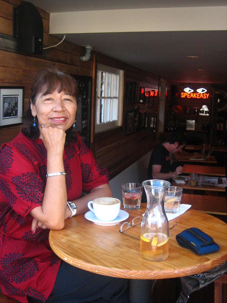 mi mom at mojo's