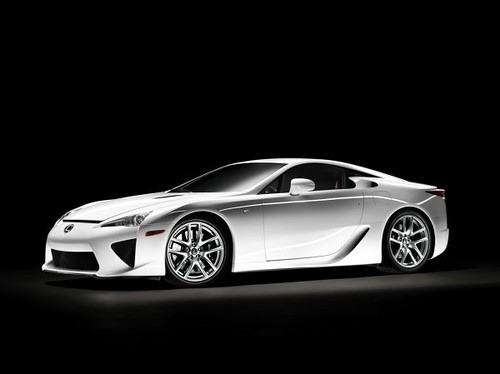 05-lexus-lfa-press-600x1-thumb