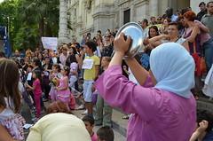DSC_0054 (genitoreattivo) Tags: protesta presidio berlusconi tremonti manifestazione tagli scuolapubblica gelmini tempopieno 31maggio2011ministerodellistruzione scuolaprivarafinanziamenti