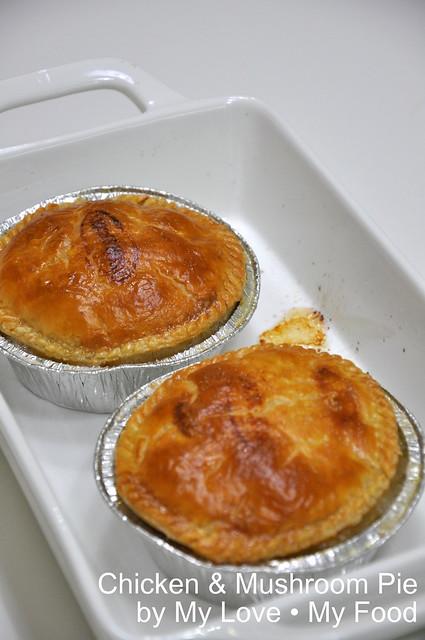 2011_03_26 Chicken Mushroom Pie 018