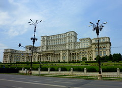 Palace of the Parliament  in Bucharest (Frans.Sellies) Tags: parliament romania bucharest bucuresti bukarest roumanie romnia rumnien palatulparlamentului palaceoftheparliament p1320463