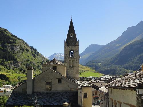 Lanslevillard, église © M. Colliot-Thélène - Fondation Facim