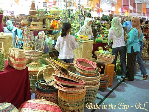 Baskets and all sorts of ratan weaving