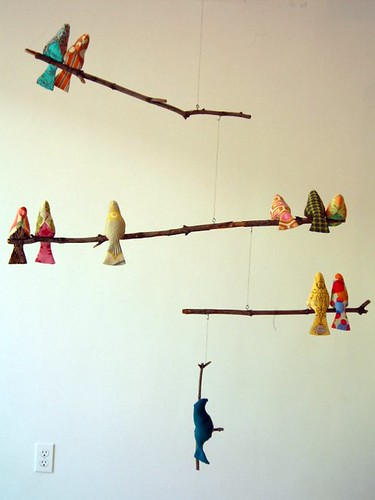 Bird Mobile from www.spoolsewing.com/blog/