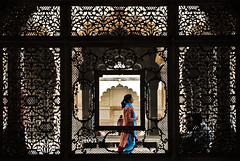 Framework (roevin | Urban Capture) Tags: woman india architecture religious woodwork delhi decoration ornament framework adornment redfort lalqila motimasjid abigfave theperfectphotographer