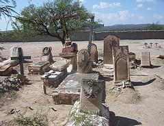 Tumbas de 1890.... San Pedro del Gallo, Durango. (lurogaca) Tags: graveyard desert cementerio tumba desierto durango panten sanpedrodelgallo
