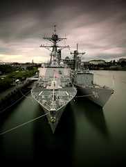Portland Rose festival...USS Preble (ddg 88) (Matt Abinante) Tags: longexposure oregon portland northwest navy destroyer pacificnorthwest pdx frigate willametteriver willamette rosefestival fleetweek portlandrosefestival portlandwaterfront usspreble navyjack ussprebleddg88 mattabinante takenfromthemorrisonbridge