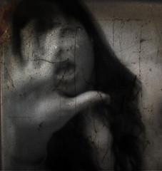 Phobia (Michelle Brea) Tags: art texture photography scary moments dominican photographer hand artistic dominicanrepublic dr scream dominicana fotografia capture feelings 2b artista santodomingo aod elfportrait audel michellebrea photodistorzija4