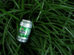 Green on green (Jer*ry) Tags: green beer grass heineken aluminum can monkeygrass liriope