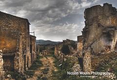 Corbera d'Ebre (Nicolas Moulin (Nimou)) Tags: ruinas pueblos cataluña tarragona guerracivilespañola corberadebre