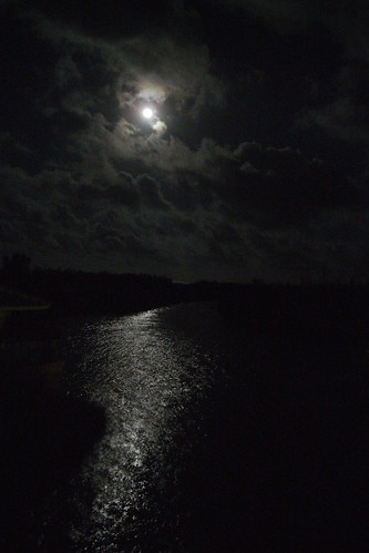 OKINAWA FULL MOON