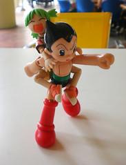 those two kept playing (tenchujin) Tags: toys astroboy yotsuba revoltech yotsubasummer
