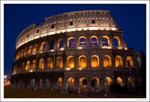 El Coliseo en la hora azul