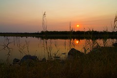 Sunset over Pioneer Dam (Bill Davies (SA)) Tags: sunset reflection landscape southafrica loveit krugernationalpark kruger pioneerdam mopanicampsite