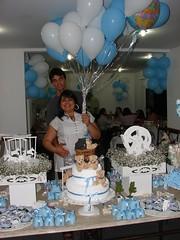 Ch de beb do Luca (valdelicelemos) Tags: baby festa doces babyshower bexigas chdebeb azulebranco papaiemame mesadebolo