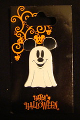 Mickey Ghost Pin (partyhare) Tags: halloween pin ghost disney mickey happyhalloween pintrading disneypin disneypins mickeyghost