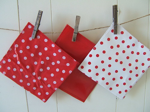 red sandwich bags