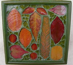 Mosaic box with Autumn leaves (stiglice - Judit) Tags: mosaic