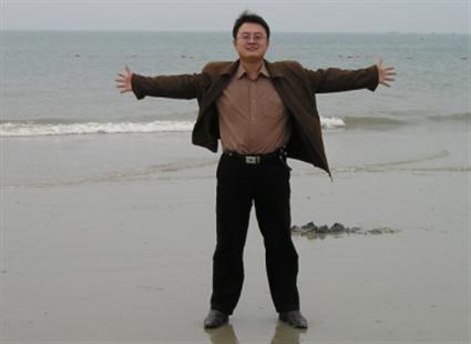 内蒙古籍软件工程师贾兴