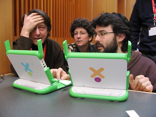 OLPC laptop mesh