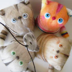 Go fishing :) (fingtoys) Tags: cat toy kitten handmade felt arttoy fing fingtoys