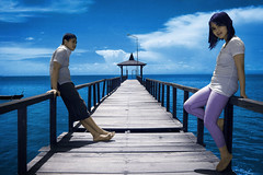 = antara kau dan aku = (yoga - photowork) Tags: canon indonesia ir photography 350d couple infrared romantic 1022mm prewedding