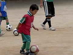 [300fps video] Kids Soccer-CIMG6831.part1 (pinboke_planet) Tags: kids football video soccer casio kakogawa motionprint 300fps exf1