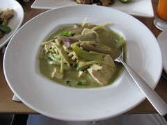 Highline: Green curry with tofu - Canon S5