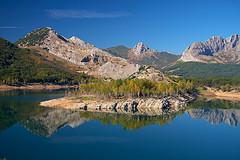 Pantano del Porma-León-Spain (dnieper) Tags: españa spain agua reflexions reflejos digitalcameraclub pantanodelporma montañadeleón vosplusbellesphotos