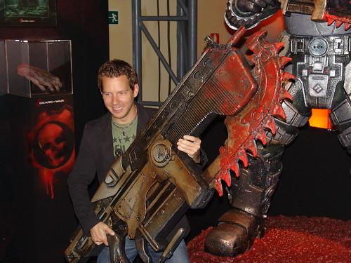 ¿Quieres saber más del creador de Gears of War 2? ¡Síguele en Twitter! [Freak World]