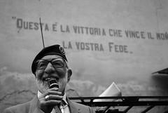 Questa è la vittoria che vince il mondo: la Vostra Fede. (Giorgio Vianini) Tags: portrait muro ritratto lombardia scritta lomellina pavese scritte udace ottobiano
