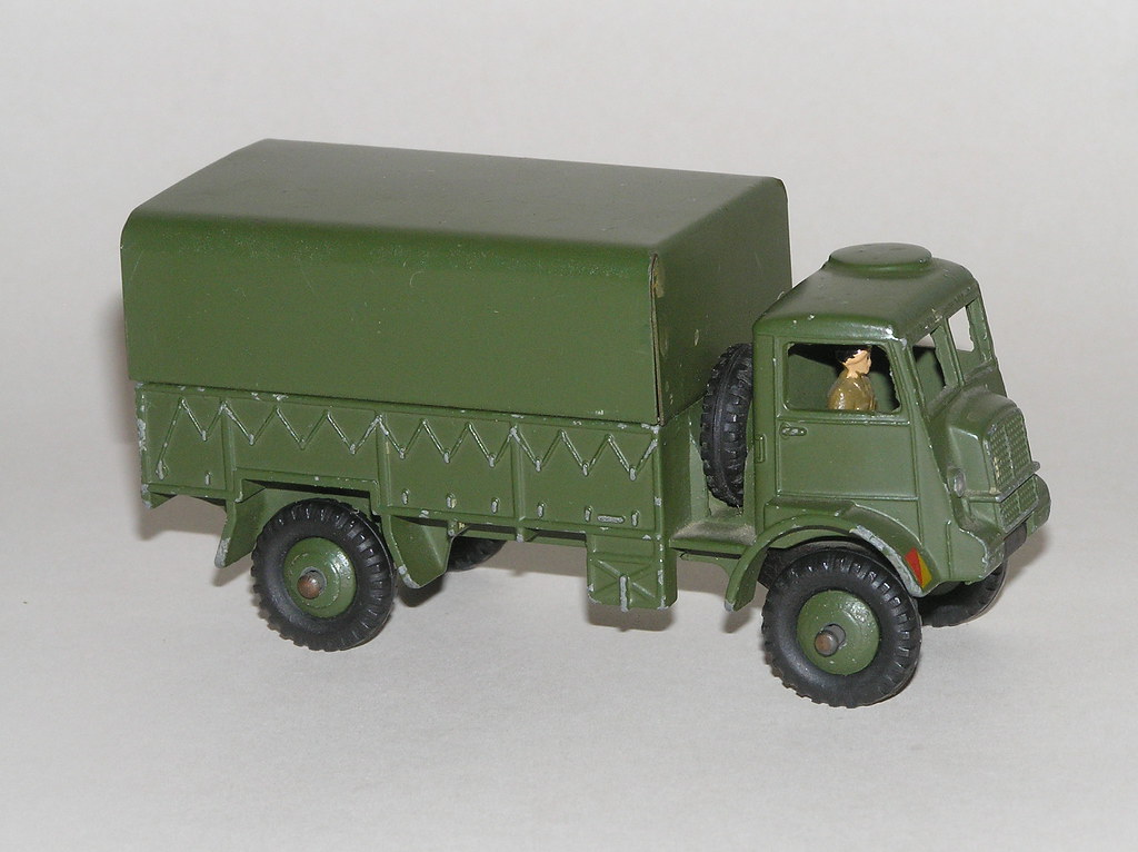 Dinky Toys - Army covered wagon (#623) - Bedford QL