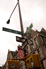 20081025-signage.jpg by chromewaves, on Flickr