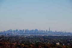 Midtown I (FOTOGRAFIA.Nelo.Esteves) Tags: nyc newyorkcity autumn usa newyork fall skyline newjersey nikon unitedstates essexcounty manhattan nj 2008 impressive westorange 18200mm d80 neloesteves