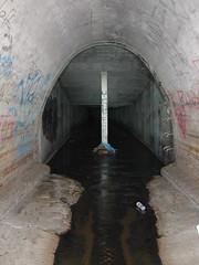 (Dan Conger) Tags: urban exploring tunnel drain cottonwood
