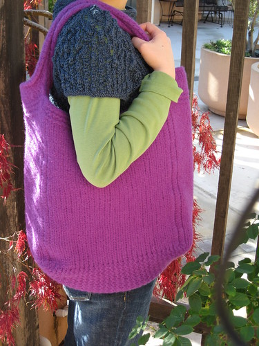 081123 felted tote bag
