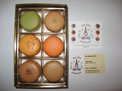 Box of assorted macarons set