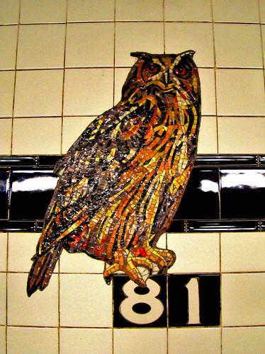 DSC02047 subway tiles owl