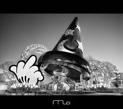 Bad Mickey (Mike Orso) Tags: world blackandwhite hat photography orlando photographer florida middlefinger flipoff disney hollywood mickeymouse wdw studios walt thebird sorcerers photomo badmickey mikeorso