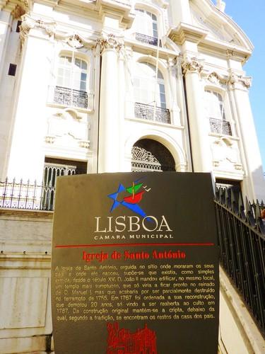 Igreja de Santo Antonio - Lisboa – Portugal by Célia Cerqueira