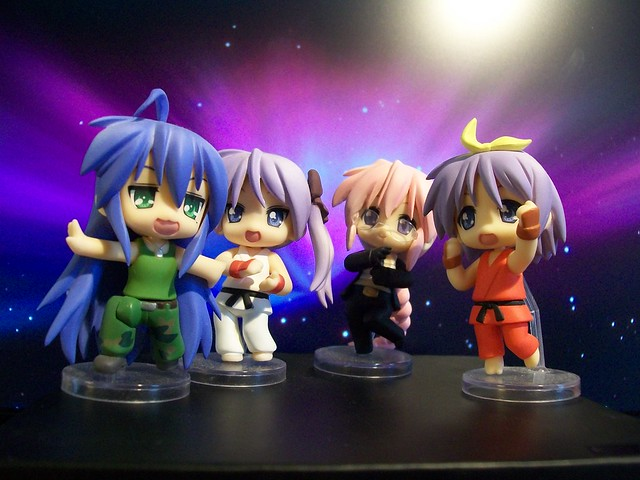 Nendoroid Petit Lucky Star X Street Fighter Set.