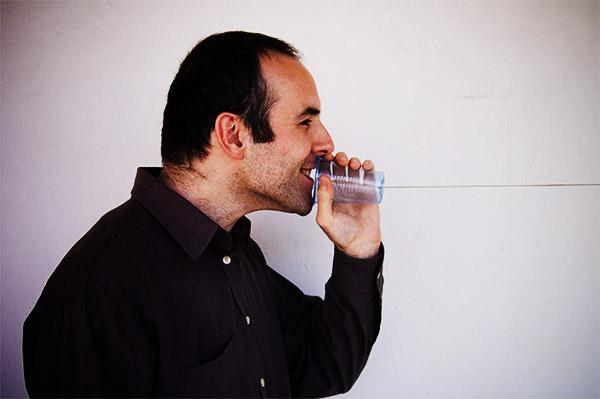 Teléfono de vaso