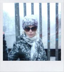 /// (cappuccettorosso.) Tags: schnee selfportrait snow self polaroid neve autoritratto zrich zurigo cappuccettorosso
