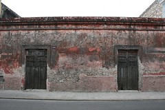 Composition: urban decay - red (10b travelling) Tags: door abstract latinamerica ctb wall architecture composition facade mexico mesoamerica geometry decay nopeople merida ten walls americas minimalist carsten centralamerica streetviews brink centroamerica 10b almostabstract cmtb tenbrink