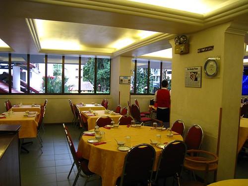 Singapura Restaurant's Interior