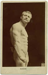 Eugene Sandow (George Eastman House) Tags: portrait man muscles standing pose fan victorian handsome first censored movember moustache veins bodybuilder figleaf sixpack malenude physique falk georgeeastmanhouse 1895 fakestatue sandow eugenesandow photo:process=albumenprint color:rgb_avg=715d46 bjfalk geh:accession=198208160001