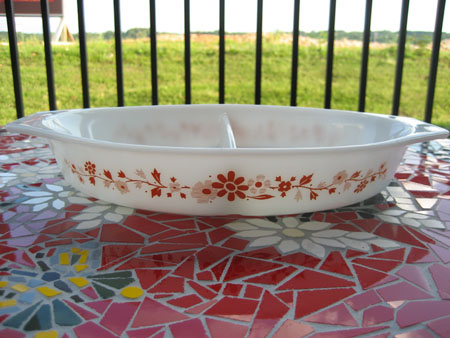 "Pyrex Promotional ""Floral"" Divided"