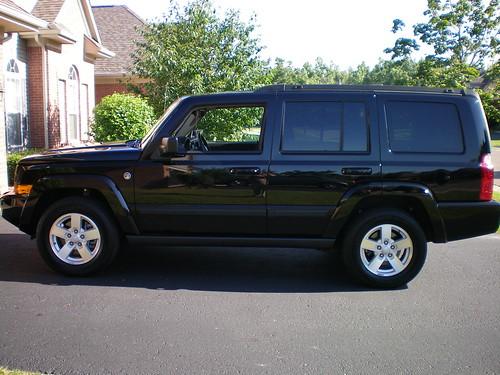 07 jeep commander