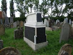 Holeov - idovsk hbitov (kermon) Tags: tora cmentarz cmentarzydowski czechy hbitov synagoga eskrepublika holeov idovskhbitov kermon